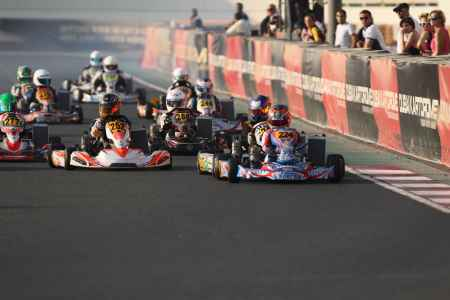 Junior Class Race Start - X30 Challenge UAE 2017/2018 Round 1 - Dubai Kartdrome
